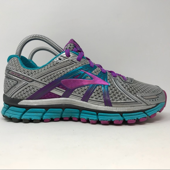4ac4d8f5eed Brooks Shoes - Brooks GTS 17 Running Shoes Womens Size 8 K5